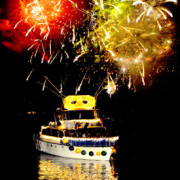 83288_lighted_boat